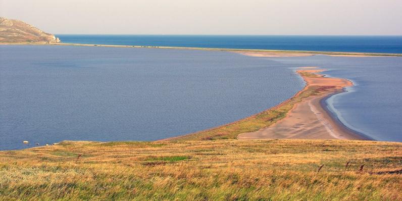 Кояшское озеро в Опукском заповеднике