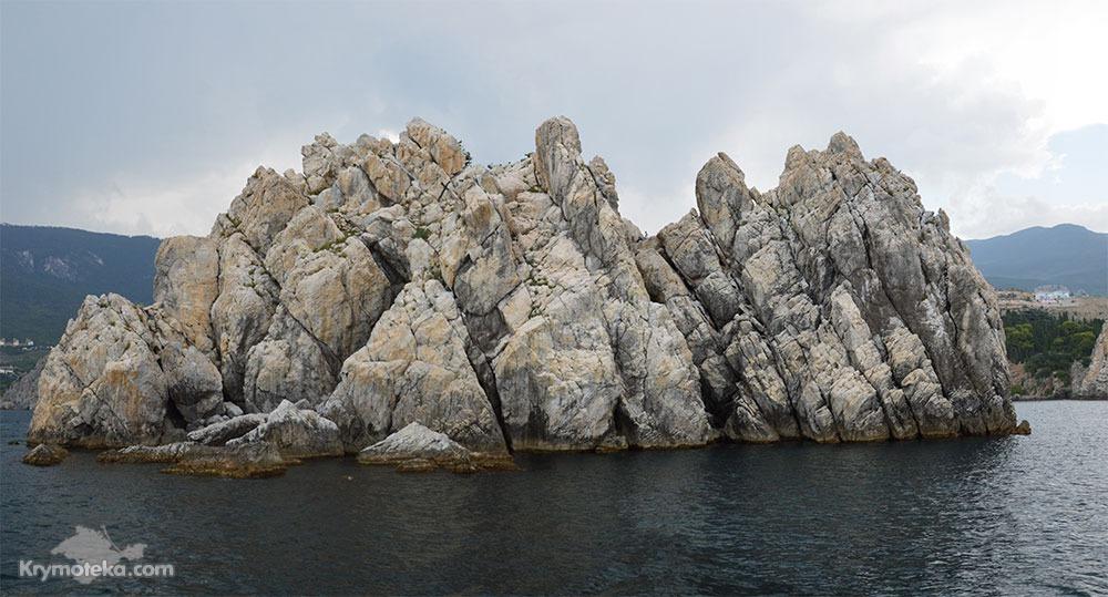 Фото скалы адалары в большом разрешении